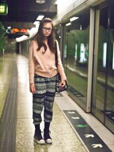 street style: on the subway, hong kong